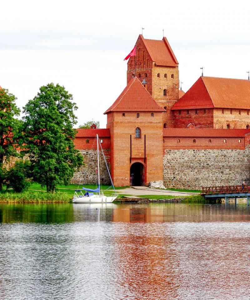 trakai islan castle lithuania